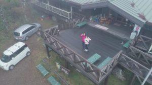 山梨県韮崎市にて、女性によるドローン空撮