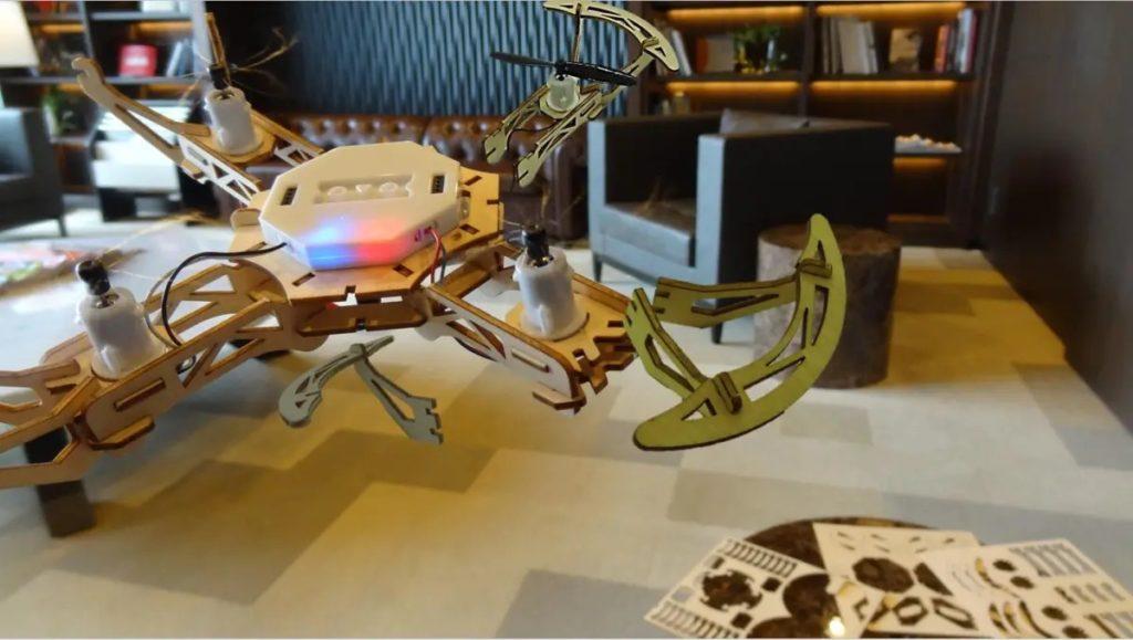 作って飛ばせる木製ドローン Wooden Diy Drone